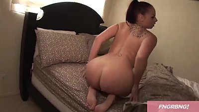 HUGE TITS & NICE ASS *MV*
