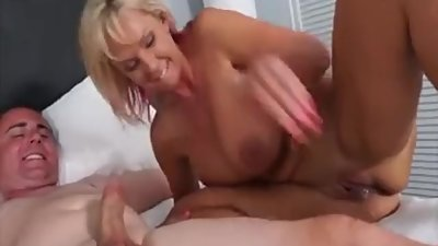 Pornstar with amateur