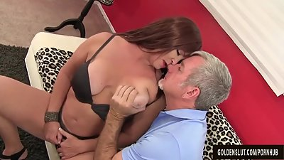 Mature Hoochie Isabelle Love Is Banged..