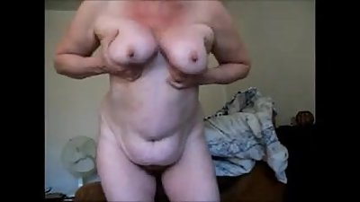 Fat old xHamster granny makes a dirty..