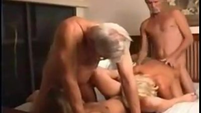 Mature 4-some fucks around !!!