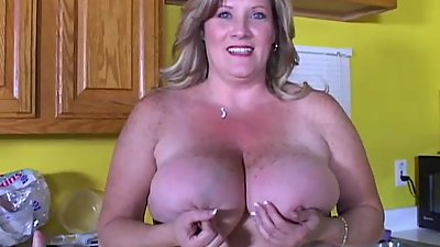 Beautiful big tits old spunker loves..