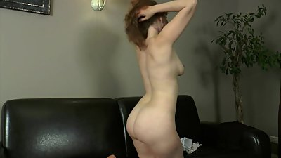 Mandy - play with my pussy