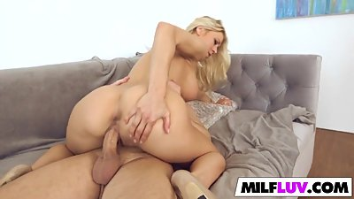 Blonde MILF With Big Tits Gets Fucked