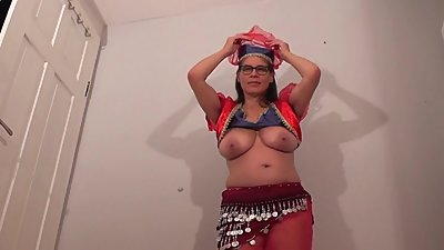 Busty Tina - Belly dance (SC please..