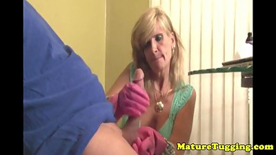 Bigtitted mature jerking dick wearing..
