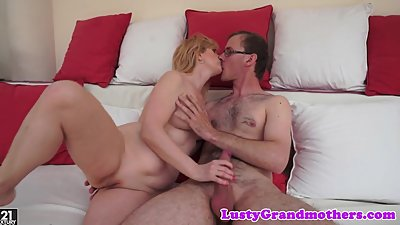 Bigtits grandma pleasured by young cock