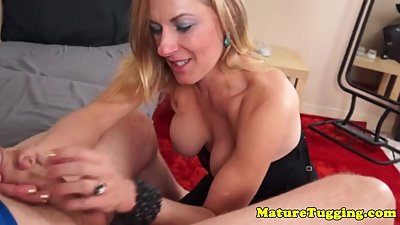 Bigtitted milf Madison Paige jerking pov