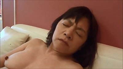 Japanese milf masturbation 3