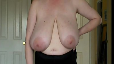 Super Saggy Tits Mature - THE BEST !